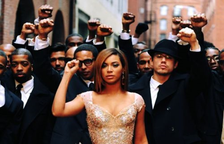 Beyonce-Fist-In-The-Air