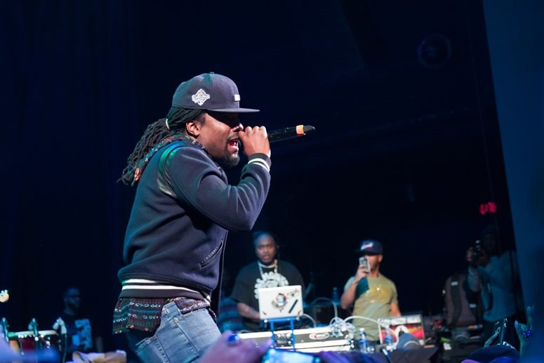 DC's own Maybach Music Recording Artist, Wale, surprises the guests at The 2016 Raheem Devaughn and Friends Benefit Holiday Concert. Photo Credit: Tony Mobley for The LoveLife Foundation