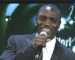 Akon Unleashes 'Troublemaking' Three Play