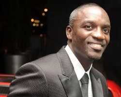 Akon: 'Yes, I Tossed A Fan,' Pleads Guilty But Does He Serve Time ?