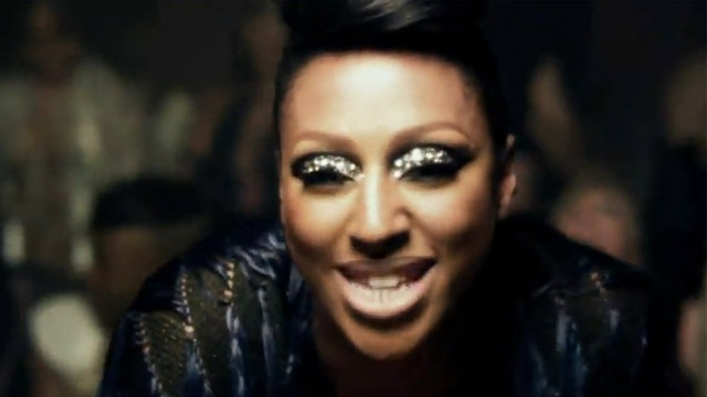 Alexandra Burke – All Night Long Feat. Pitbull