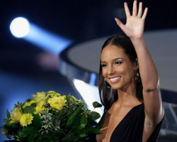 Alicia Keys on Deck For James Bond Theme Song?