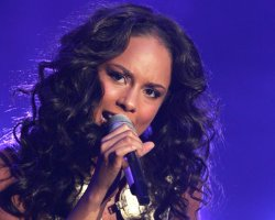 Alicia Keys, Kanye West To Grace American Music Award Stage