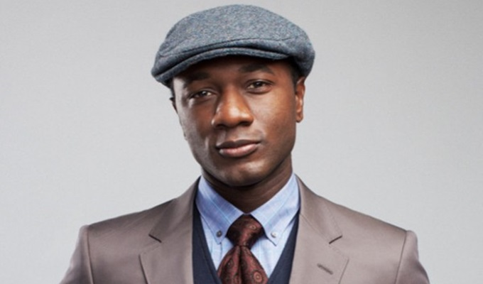 Aloe Blacc Sends Holiday Tidings To The Loved Ones Of Police Brutality and Paris Terror Victims  On 'Merry Christmas Mr. Brown'
