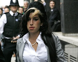 Amy Winehouse To Re Marry Ex Husband ?
