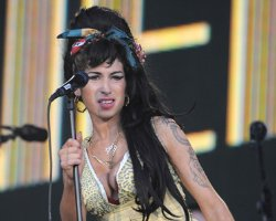 Amy Winehouse Ex Airs Shocking 'Drug Related' Confession !