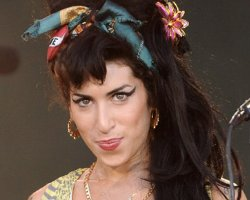 Amy Winehouse 'Law-Brush' Ends In Rehab