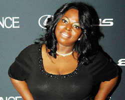 R&B Singer Angie Stone's 'Love & War' Finds Light