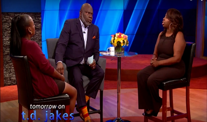 Angie Stone and Daughter Hash Out Dispute on 'The T D  Jakes