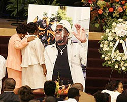 Thousands Come Out To Remember One Of The Funniest Comedian of Our Time