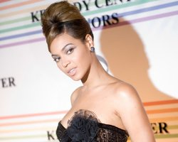 Beyonce's 'Cadillac' Records Soft Weekend