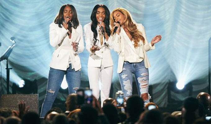 """Destiny's Child: Beyonce and Kelly Rowland Perform """"Say Yes"""" With Michelle Williams at Stellar Awards (Video)"""
