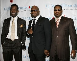 Boyz II Men, Martha Reeves Celebrate Motown With Borders Signings!