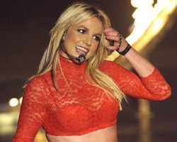 Britney Spears Drops 500k: #1 With 'Circus,' Moves Record Tour Tickets
