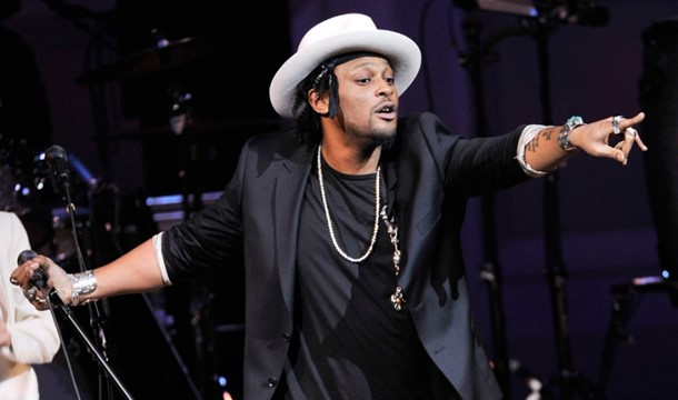 "D'Angelo Reveals Unreleased Song ""I'm Glad You're Mine,"" Readies James Brown Tribute"