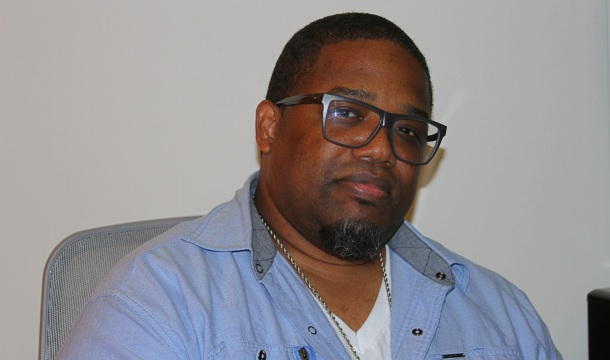 Dave Hollister Talks Leaving Blackstreet, Crazy Fan Moments, The Loss of Longevity, More
