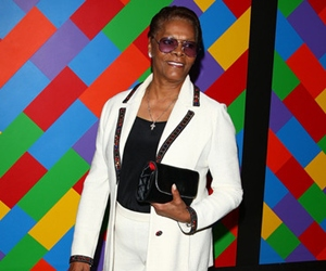 Dionne Warwick To Fill In For Injured Franklin At Upcoming Party