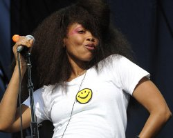 Erykah Badu Earns Post 'Grammy Snub' Credit!