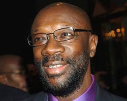 BREAKING NEWS: Music Legend Isaac Hayes Dies At 65