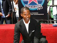 Jamie Foxx to Perform at Country Music Awards