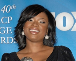 Jennifer Hudson Finds Solace With Donald Trump !