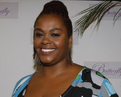 Jill Scott Expecting and Tying The Knot, Soulstress Plans Wedding !