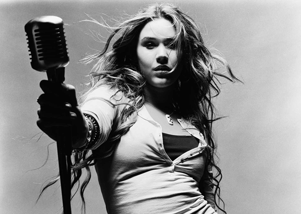 Joss Stone Lands Video Game Bond Girl, Would Love To Be Bond's Girl In Next Film
