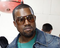 Kanye Offers Full '808s & Heartbreak' Preview