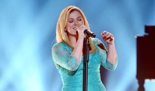 Kelly Clarkson Confirms New Album Coming Late 2014