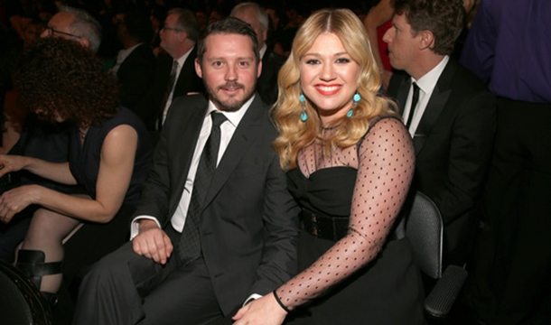 Kelly Clarkson Talks First Trimester, Canceling Shows & The Voice
