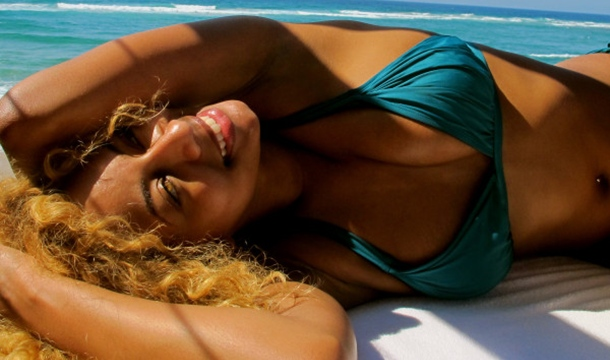 Keri Hilson Shares Pics From Mozambique