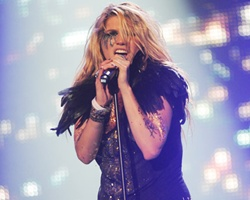 Ke$ha Tops Year End iTunes Singles Chart