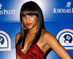 LeToya Busy At Work On New Album, Searches For The Best Records
