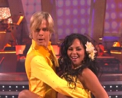 Lil Kim Gives 'Hot' Samba On Dancing With The Stars (Video)