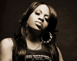 R&B Singer Lil' Mo Reclaims Limelight with New Deal