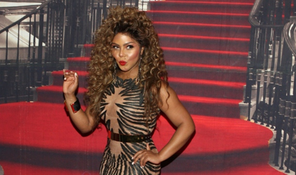 Lil Kim Breaks Up With Boyfriend on Twitter