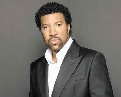 Lionel Richie Looks Forward to Commodores Reunion