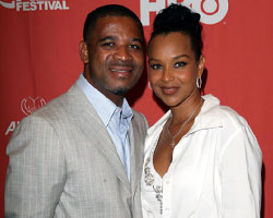 LisaRaye Gets Gangsta in The Mansion, Come to Blows With Misick, Report