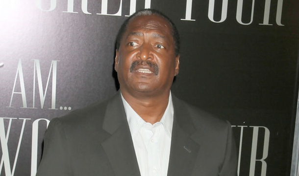 "Matthew Knowles Slams The Sun For ""Slander and Irresponsible Journalism"""