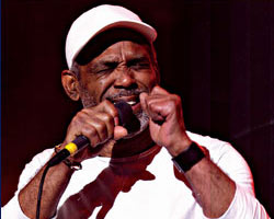 Philly Walk of Fame Honors Frankie Beverly and Maze