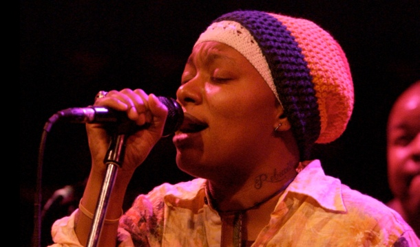Meshell Ndegeocello – To Be Young, Gifted And Black Feat. Cody ChesnuTT