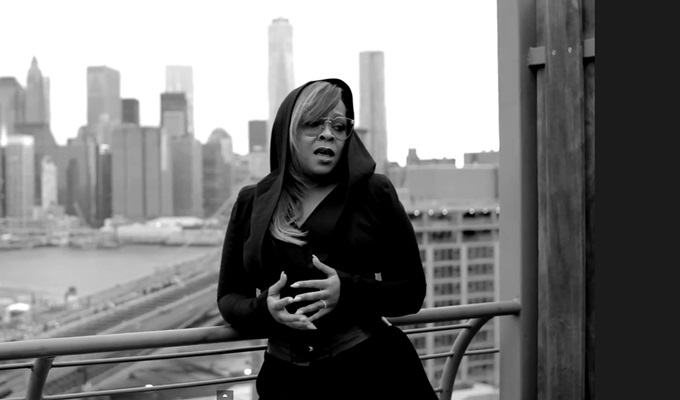 Monifah – One Moment