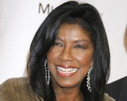 Natalie Cole Goes Bald Due To Battle With Hepatitis C