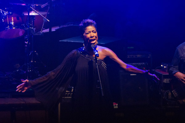 Natalie Cole Supports Hepatitis Public Health Crusade