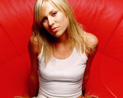 Natasha Bedingfield 'Saves The Music' With Song 'Angel'
