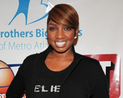 Housewives' Leakes Talks Foster Rumor, She Can't Cause Usher ?