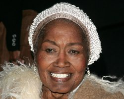 Folk Legend Odetta Dies at 77