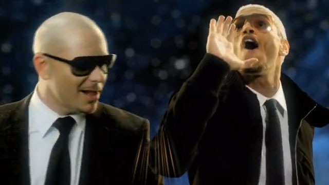 Pitbull – International Love Feat. Chris Brown