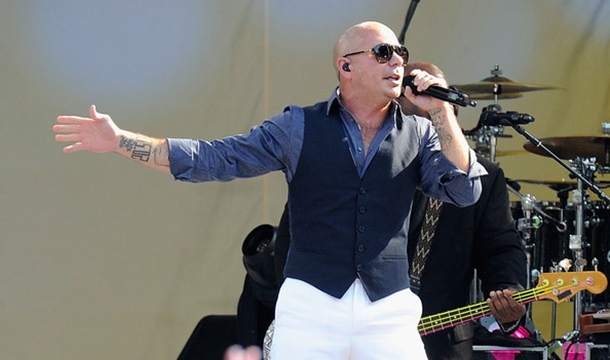 Pitbull To Host, Perform At 2013 American Music Awards
