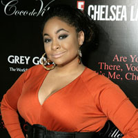 Raven Symone Says 'I'm Not a Kid Anymore, Talks 'Hollywood Life'